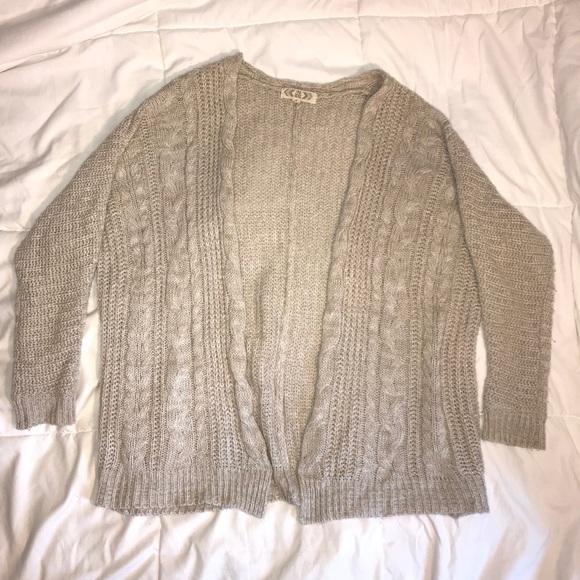 Beige  Tan Oversized Sweater Cardigan. M 5b5a3b617c979d51d8f740bc 6538ce6b9